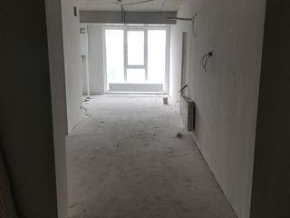 Centru , apartament 52.5m super preț!