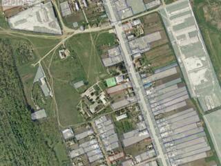"Vând, s. Ecaterinovca, centru, spațiu ( fosta ,,кочегарка"" ), 100m2, teren 8.5 ari"