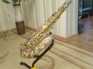 Vinde Saxofon Jupiter Yas 869 Gt serie Profesional