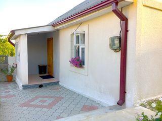 Casa mobilata, toate comunicatiile! 10km de Chisinau sec.Botanica or.Singera