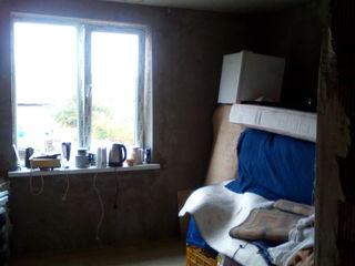 Дом 2 этажный недострой - Добружа 15 км от Кишинёва = 25000 евро коммуникации Газ - Вода Электричест