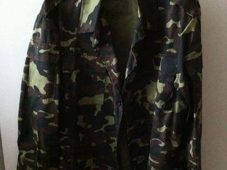 Камуфляжная новая куртка-250 лей