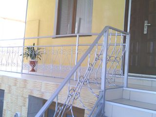 Супер предложение! Меняем отличный дом в Дурлештах на дом у моря в Болгарии.