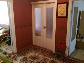 Vind apartament cu 4 camere în orașul Soroca, stare buna, cu o suprafață de 91 metri,urgent