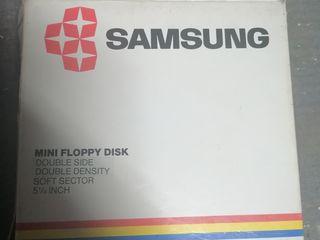 Diskette 3.5 și diskette 5.25 MD2D