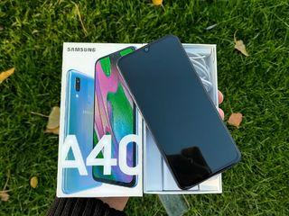 Продам samsung galaxy a40 4/64gb в идиале urgent!!!