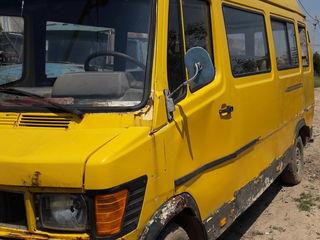 Mercedes 207D