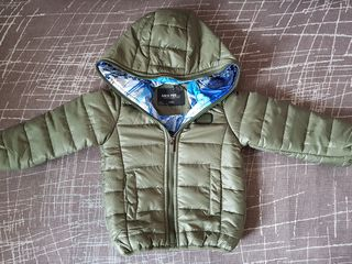 Новая димесизонная куртка. 2-3 года