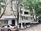 Apartament etajul 2,  100mp+parcare, Buiucani!!!