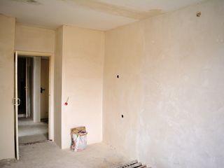 apartament cu 3 odăi, reg.Centru, etaj. 3 din 3