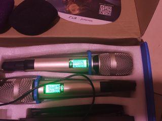 радиомикрофоны и база