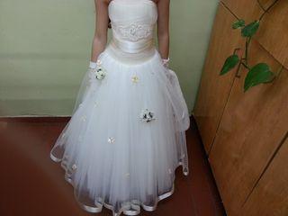 Бальное платье 8-10 лет. и девоч. 1.5-2.г. и 3-4г.и 6л. мальч. тройка 3-4г.и мальч. 6-7лет рубашки