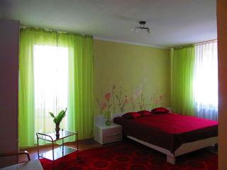 Дубоссары, СДАМ почасово,посуточно, понедельно 1-но комнатную квартиру .