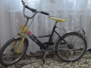 Bicicletă Grakko Bike pentru copii 8-12 ani, stare bună.