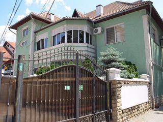Chirie casa 315 m2, 3 nivele + terasa + zona BBQ, sect.Centru, str. M.Kogalniceanu 2500Eu