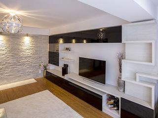 Living room, dulapuri