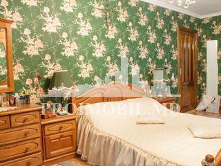 Apartament de vânzare în Ialoveni cu 4 camere, pe str. Alexandru cel Bun, preț 55900 €!.