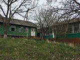 casa de locuit,10 km de la chisinau,cu 26 ari