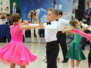 Sport - pentru bărbați adevărați! Набор только мальчиков на спортивные бальные танцы.