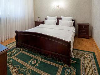 Villa 2 nivele .6 dormitore+4camere.Sauna