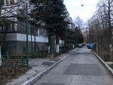 Продается 2 комнатная квартира, чешка односторонняя балкон на все три окна, ул.Матей Басараб