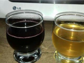 Vând vin de casă alb și roșu