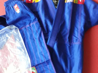 Kimono jiujitsu judo кимоно дзюдо джиу джитсу Италия