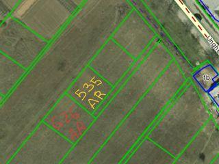 La intrare în Vatra 2 terenuri  cu proiecte și autorizații  de constructie