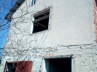 Se vinde vila langa Chisinau !