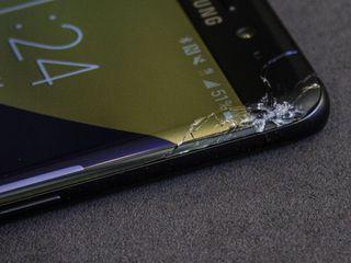 Samsung Galaxy S 8 (G950) Ecranul stricat? Vino, rezolvăm îndată!