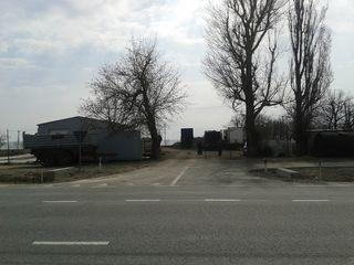 Se vinde statie de reparatie + loc pentru constructie benzinarie (20km dupa Orhei, traseu central)