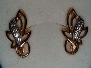Продам золотые сережки 585 пр.
