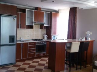 Apartament spatios, complet mobilat- Testimiteanu 37