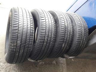 215/60 R16  Michelin