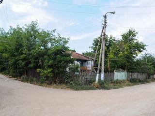 Satul Suruceni, r-nul Ialoveni, 17 ari, casa 105 m2