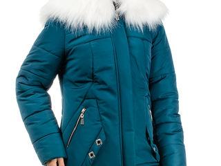 Зимние курточки на месте