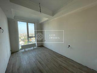 Centru, vânzare apartament cu 2 camere și living, reparație, 63 900€