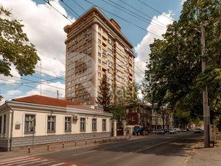 Apartament cu o planificare reușită și generoasă, priveliște panoramică, str. București, Centru