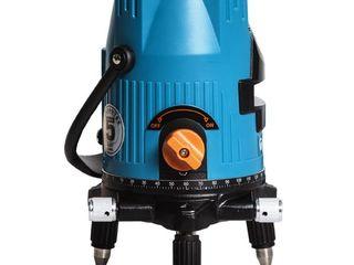 Nivelă cu laser autonivelant / лазерный поворотный уровень