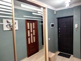 Посуточно трехкомнатная квартира на Рышкановке