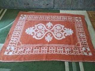 два одеяла из верблюжей шерсти