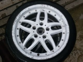 Vind 4 discuri r17 pentru BMW ,anvelopele cadou!!!