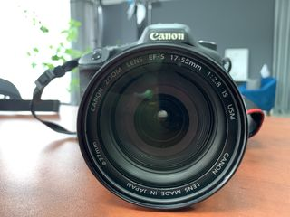 Canon EOS 7D + Canon EF-S 17-55mm f/2.8 IS USM