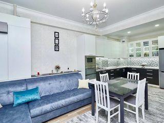 Chirie apartament cu 2 dormitoare+living, Centru, Lev Tolstoi, SkyHouse!!!