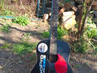 Продам гитару - 400 лей