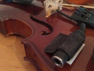 Vând vioară cu tot cu doză