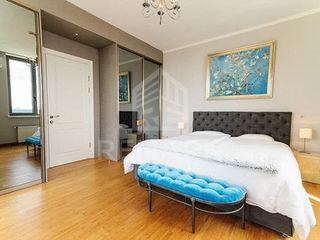 Chirie  Apartament cu 1 odaie, Centru ,  str. Columna ,995 €