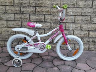 Продам велосипедик Giant от 3 до 6 лет . Размер колес 16.
