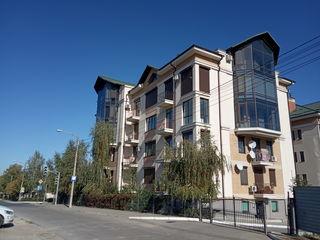 Vind apartament in zonă rezidentială, Telecentru, str. Pietrarilor 18