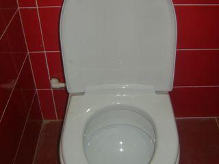 Desfundarea si curatirea canalizării.Чистка канализаций унитазов.Установка стиралок бойлеровгаз плит